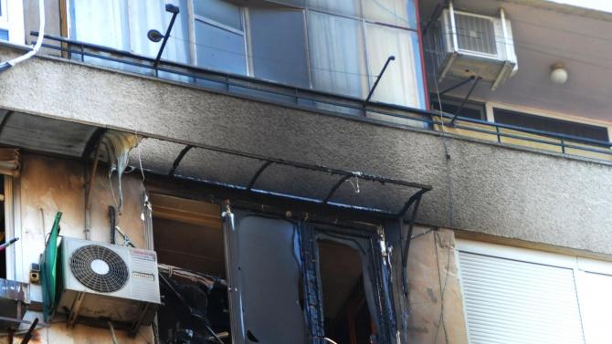 Жена загина от задимяване на метри от изхода на дома си