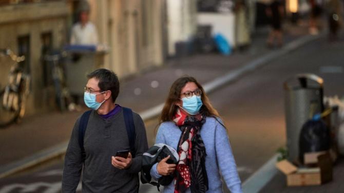 В Нидерландия влезе в сила закон за задължително носене на маски заради коронавируса