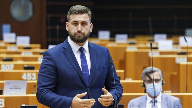 Ключова роля на Новаков по преговорите за правилата за управление на еврофондовете за 330 млрд. евро
