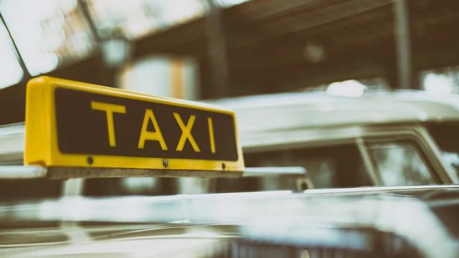 Община Добрич започва кампания за пререгистрация на таксиметровите превозвачи за 2021 година