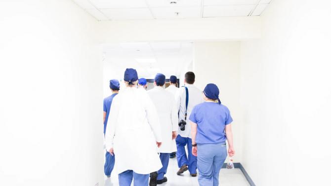Обявени са 60 свободни места за медици в Перник