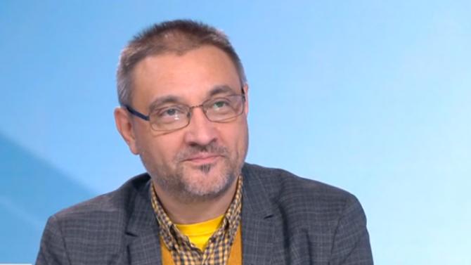 Проф. Чорбанов сподели тревожни новини за ваксините срещу COVID-19