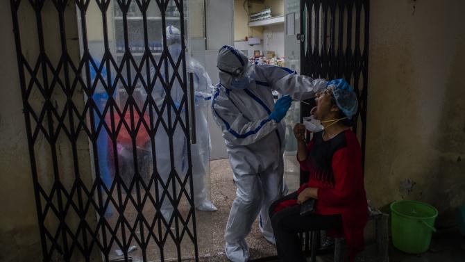 Четвърти пореден ден Индия отчита под 40 000 нови случая на коронавирус