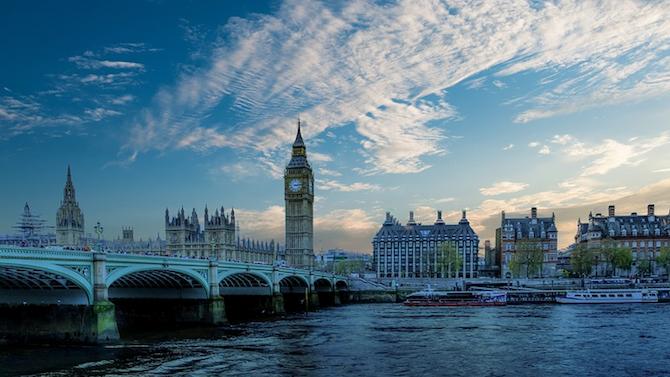 Англия обяви изключения от карантината за особено значими пътуващи бизнесмени