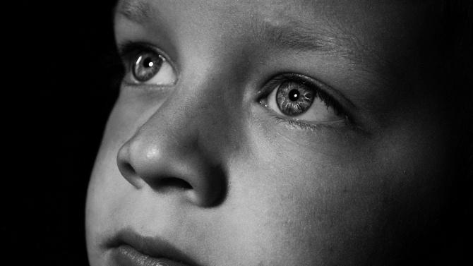 """Мъж преби жестоко 3-годишно момченце в столичния ж.к. """"Люлин"""""""