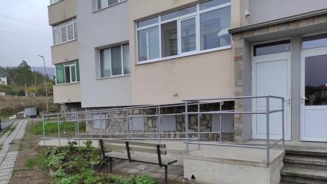 И в Момчилград може да има рампи за инвалиди в блоковете