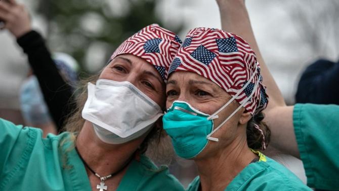 Съединените щати регистрираха през последното денонощие рекорден брой новозаразени с