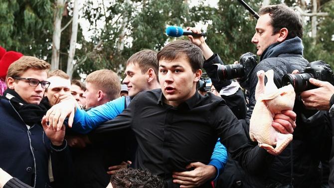 Хиляди се събраха на демонстрация в Кишинев с искане за оставка на молдовското правителство