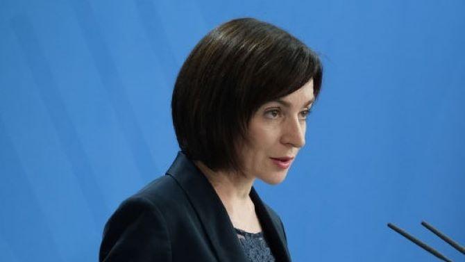 Мая Санду: Действащият президент на Молдова Игор Додон се опитва да задържи властта