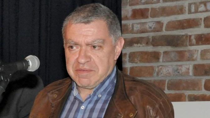 Проф. Михаил Константинов: Скоро ще започне да вирее политически COVID-21