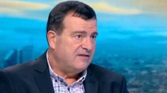 Д-р Димитър Петров: Спасението ще дойде отвън - ваксините
