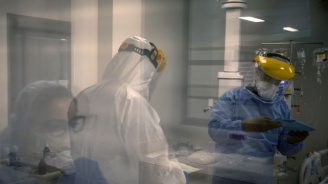 Лекари от Враца: Не смеем да се ваксинираме срещу COVID-19