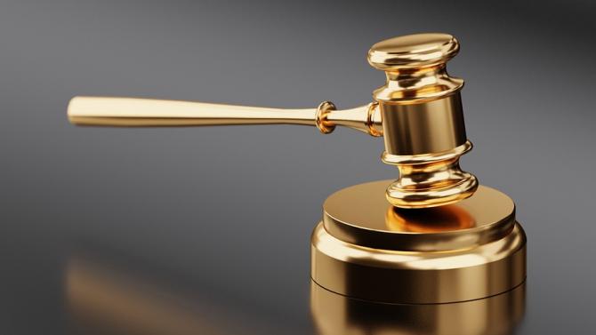 Прокуратурата предаде на съд обвиняем за кражба на вещи от автомобили