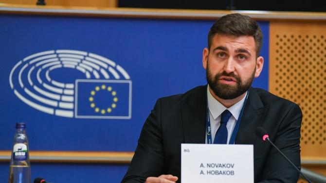 """Новаков предлага """"бърза писта"""" за големите инфраструктурни проекти на ЕС"""