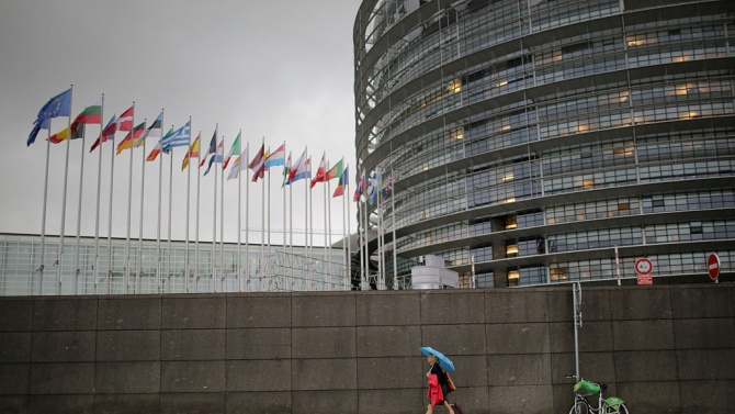 ЕК заяви, че преговорите с Лондон може да продължат и догодина