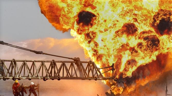 Два петролни кладенеца са взривени в Северен Ирак