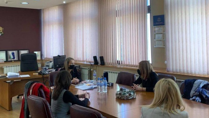 Депутати от ГЕРБ разговаряха с еврокомисаря по правосъдие Дидие Рейндерс