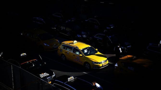 В Швеция такситата също се включиха в борбата срещу пандемията