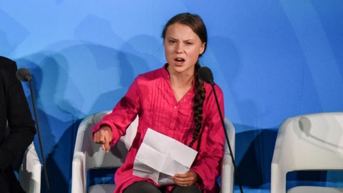 """Грета Тунберг разкритикува """"празните обещания"""" пет години след приемането на Парижкото споразумение за климата"""