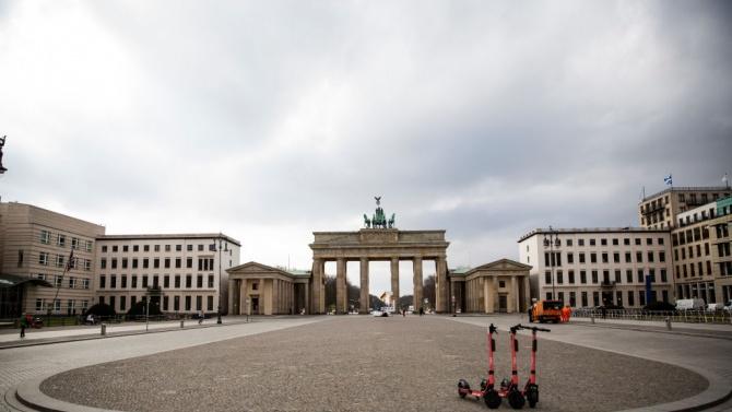 Германия се готви за по-строга карантина преди Коледа