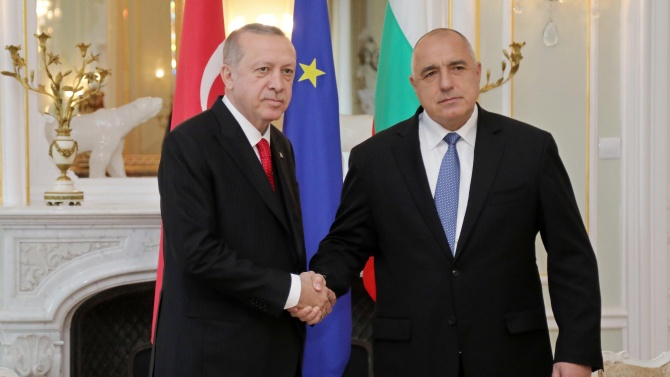 Реджеп Ердоган похвали Бойко Борисов за борбата с коронавируса