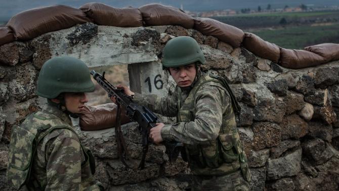 Турски военни са се изтеглили от наблюдателен пост в Сирия