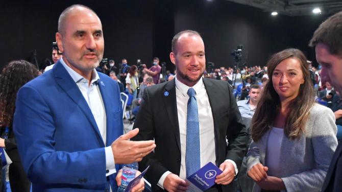 Партията на Цветанов: Правителството да промени позицията си за членството на Северна Македония в ЕС