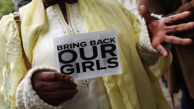 """""""Боко харам"""" пое отговорността за отвличането на стотици ученици в Нигерия"""