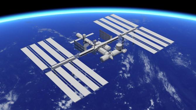 """Определиха астронавтите за третата мисия на пилотирания кораб """"Дракон"""" до МКС"""