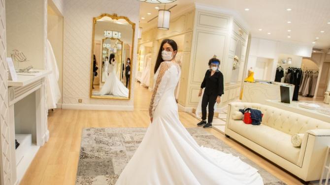 В Стара Загора коронавирусната пандемия отказа 200 влюбени от брака