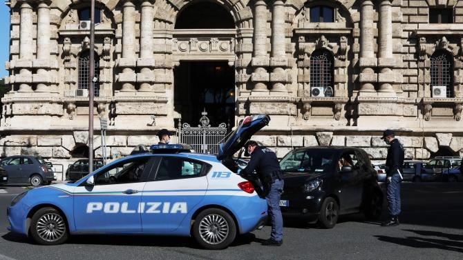 Мащабна полицейска операция в Италия разкри стотици педофили