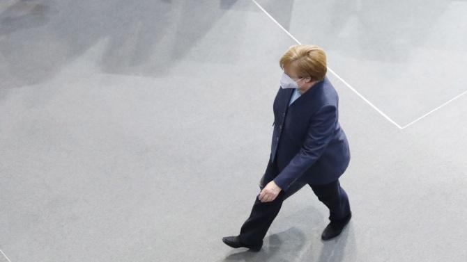 Меркел ще разговаря с основателите на Бионтех