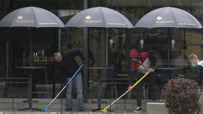 Алибегов: Със затворени заведения и фитнеси няма да преборим епидемията