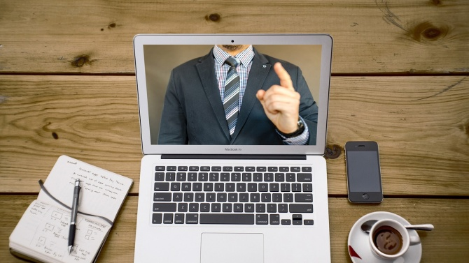 Парламентът въведе възможността за видеоконференция в съдебните дела
