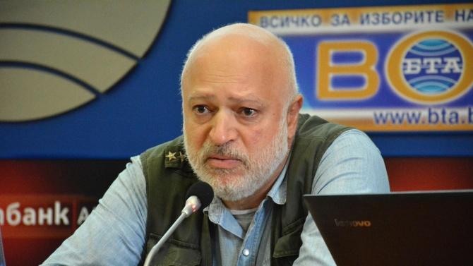 """""""Отровното трио"""" се разцепва? Велислав Минеков с ултиматум"""