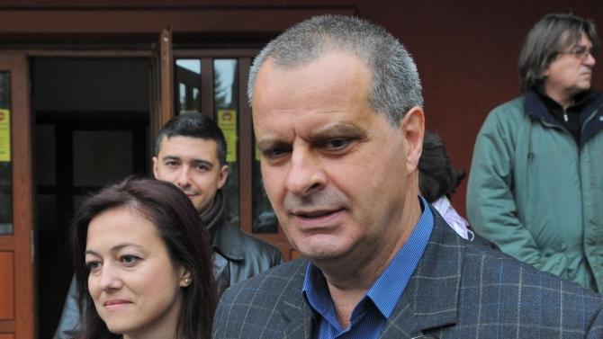 Студенти на протест в подкрепа на уволнения проф. Михаил Мирчев