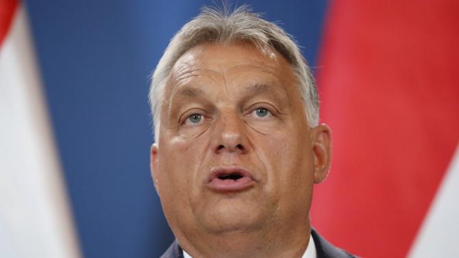 Орбан удължава мораториума върху плащанията на заеми за граждани и бизнеса до юли