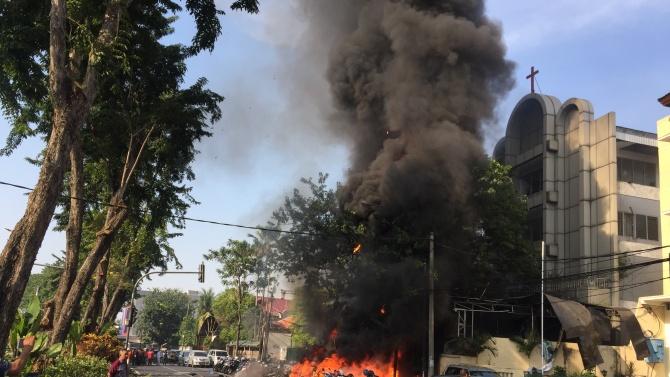 Най-малко 21 загинали при самоубийствен атентат в Сомалия