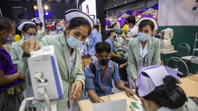 Тайланд отчете нови рекордни 548 заразени с COVID-19