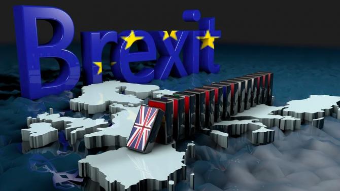 Ирландският външен министър: Постигането на споразумение за Брекзита в идните 24 часа ще бъде трудно
