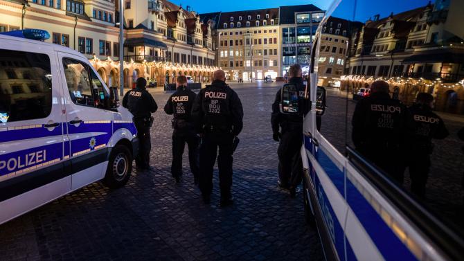 Германската полиция разби престъпна група в турски колцентър