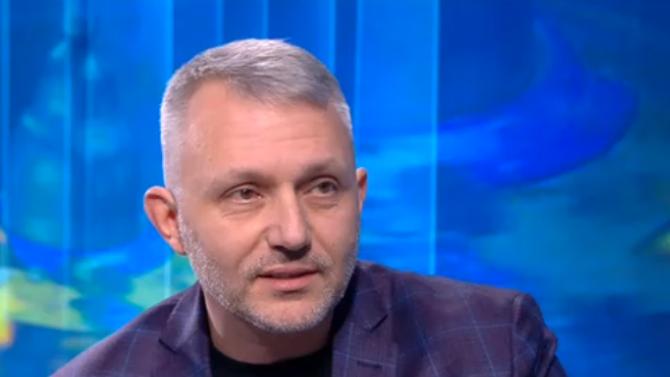 Адв. Хаджигенов: Опитваме се недоволството от площадите да се излее в урните