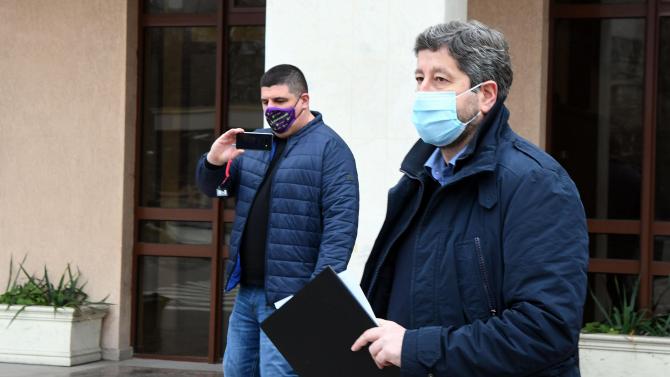 Христо Иванов поиска от Спецпрокуратурата материалите от проверката на записите с гласа на Бойко Борисов