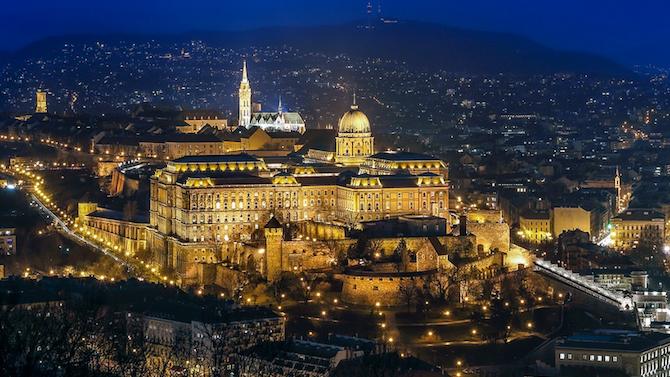 Унгария и Словения разхлабват антикоронавирусните мерки за Коледа