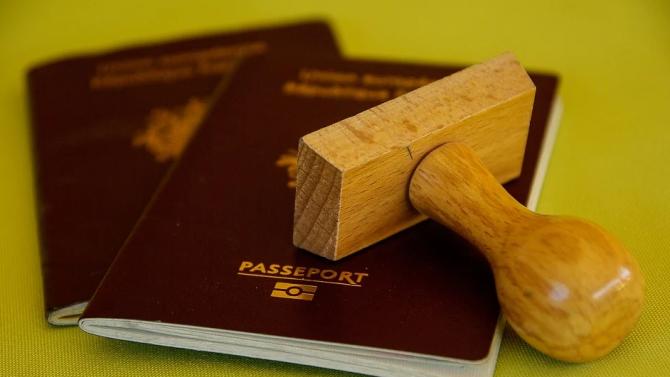 ЕС: За първи път отказите на визи за САЩ за българи са под 10 на сто
