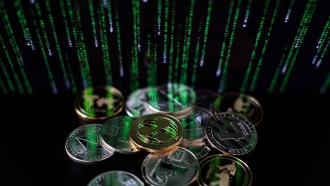 Разкриха голяма ферма за криптовалута в Сливенско