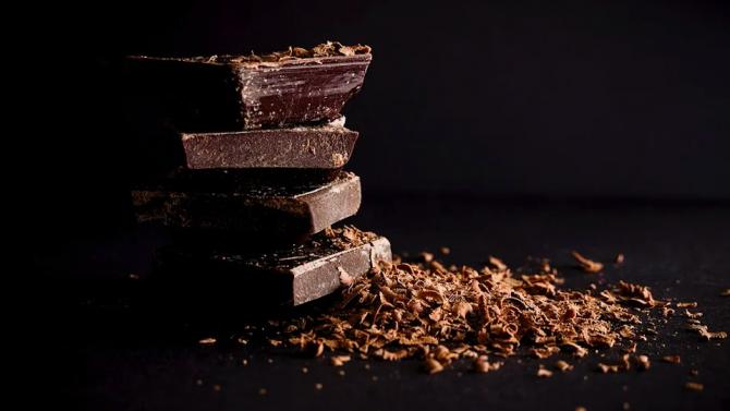 Откриха шоколад на 120 години в архива на австралийски поет