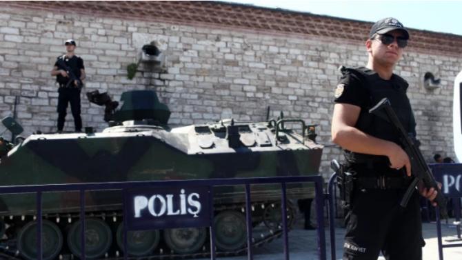 Арестуваха 35 предполагаеми терористи от ИД в Анкара