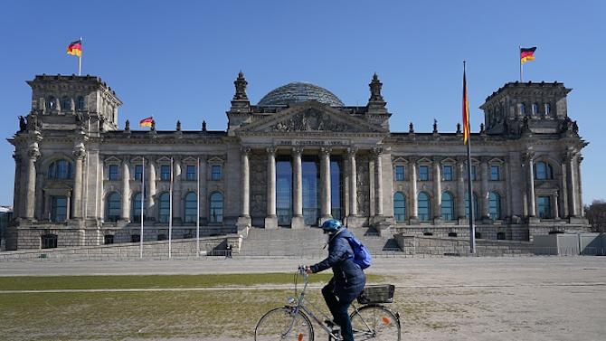 Германия удължава карантината до края на януари