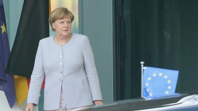 Ангела Меркел ще призове в новогодишната си реч за единство в борбата с пандемията